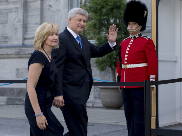 Prime Minister Stephen Harper visits Governor General David Johnston, along with his wife Laureen, to dissolve parliament and trigger an election campaign at Rideau Hall in Ottawa on Sunday, August 2, 2015. THE CANADIAN PRESS/Justin Tang